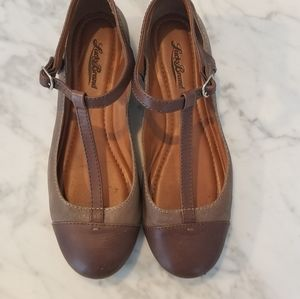 Lucky  brand mary Jane leather in taupe and tan